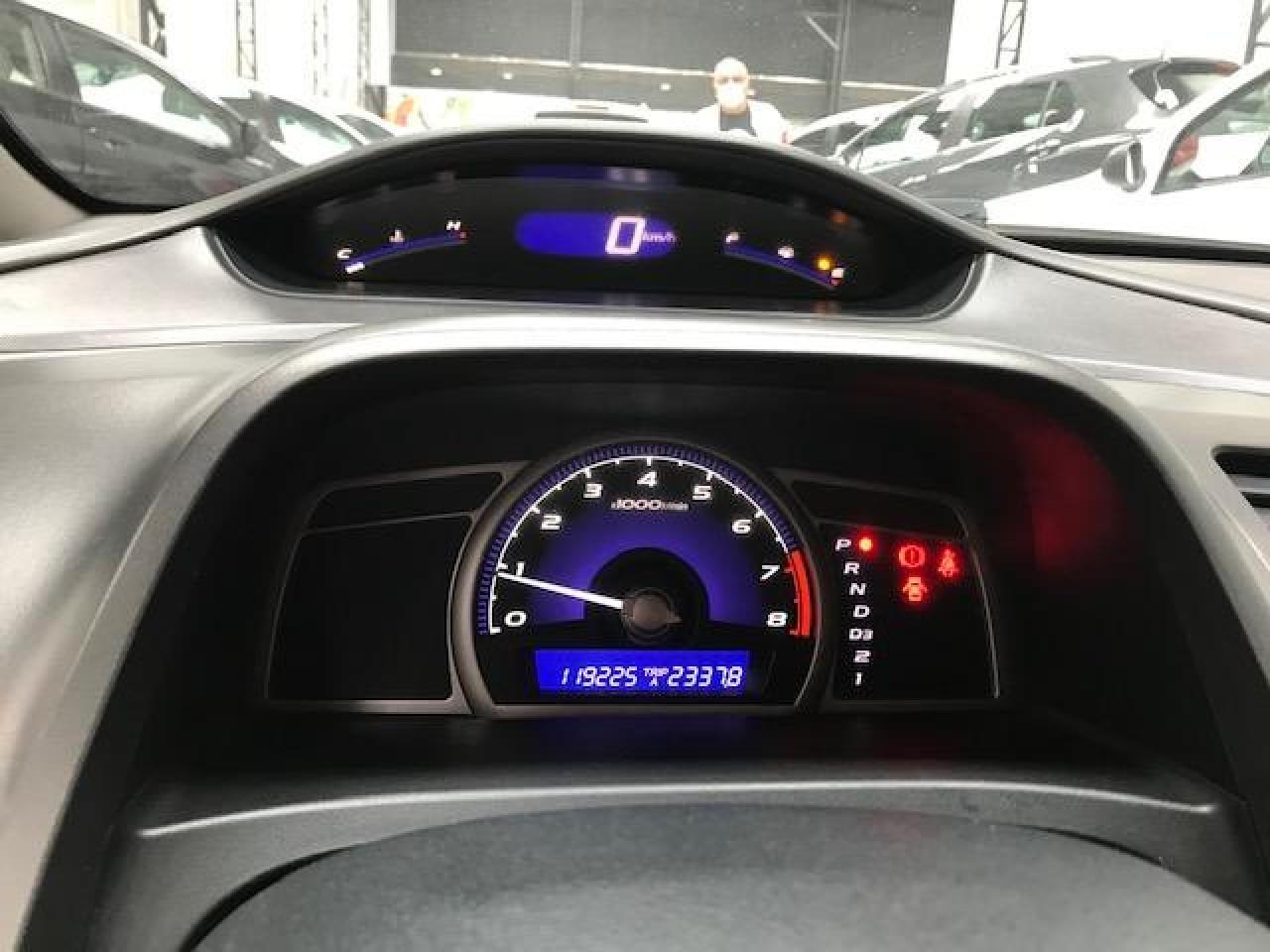 Civic 1.8 16V 4P FLEX LXS AUTOMÁTICO