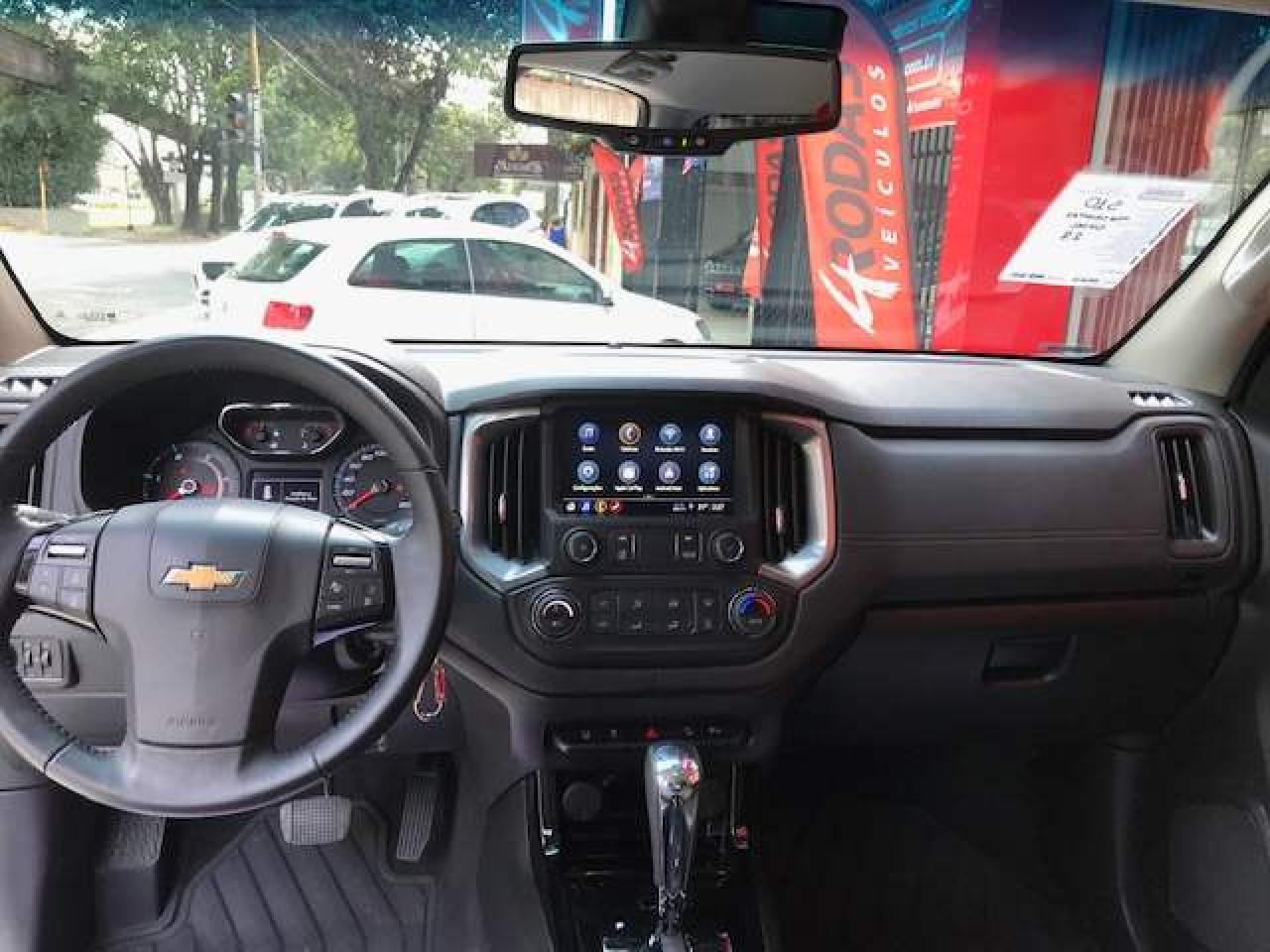 S10 2.8 12V HIGH COUNTRY CABINE DUPLA 4X4 TURBO DIESEL AUTOMÁTICO
