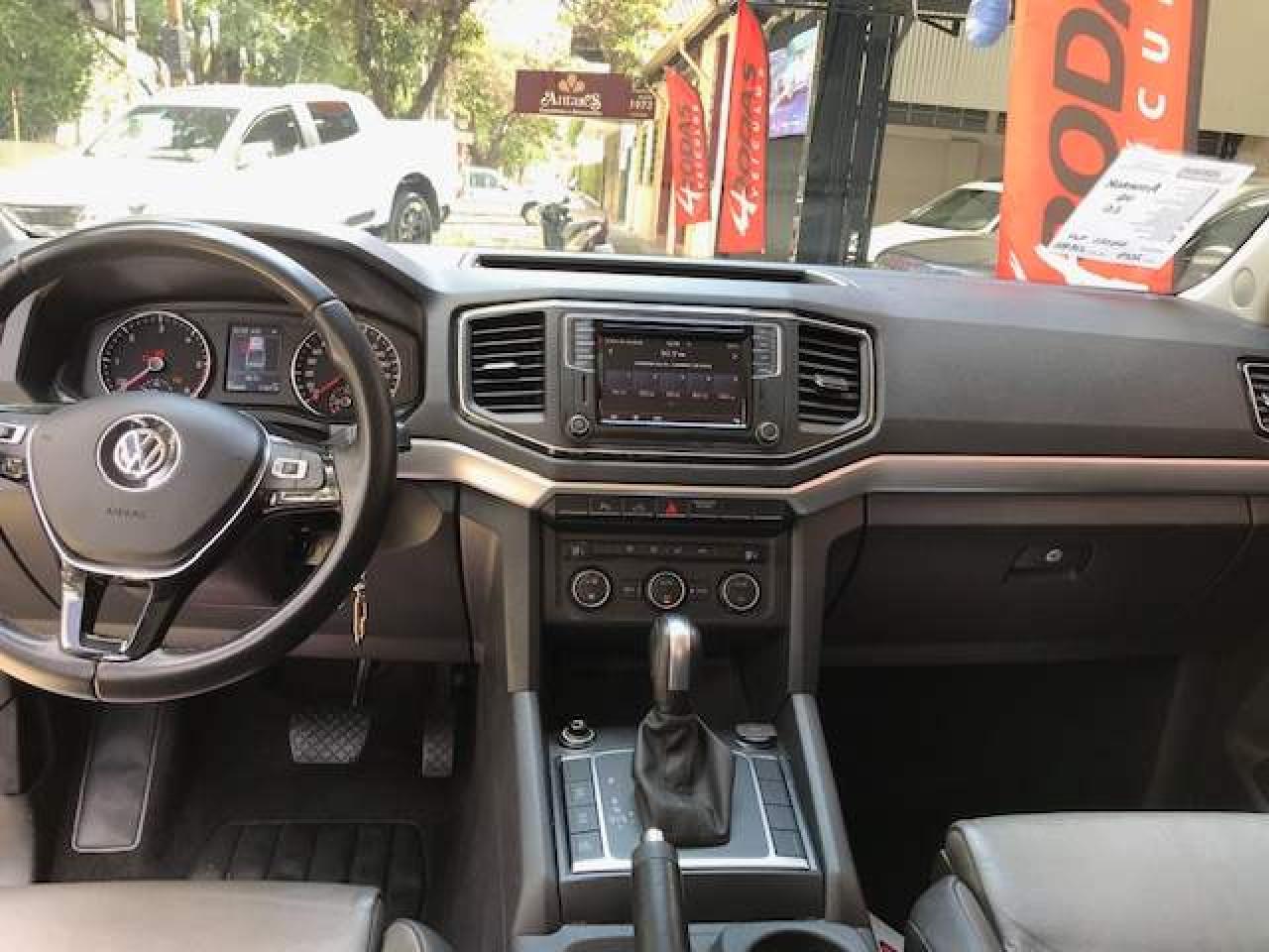 Amarok 3.0 V6 CABINE DUPLA 4X4 HIGHLINE TURBO INTERCOOLER AUTOMÁTICO