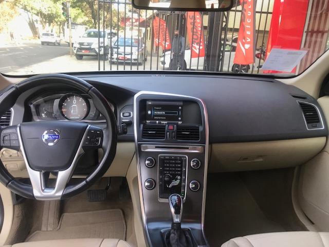 XC60 2.0 4P DYNAMIC T5 TURBO AUTOMÁTICO