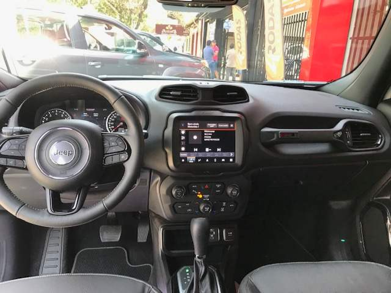 Renegade 1.8 16V 4P FLEX LONGITUDE AUTOMÁTICO